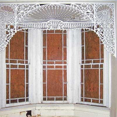 Queen Anne home window structure