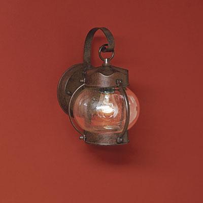 Cottage-style onion lantern