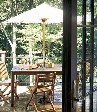deck outdoor dining area