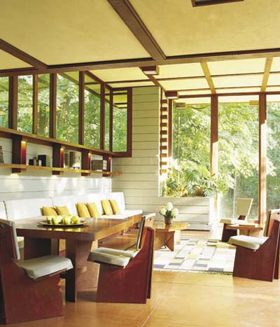 Frank Lloyd Wright sunroom