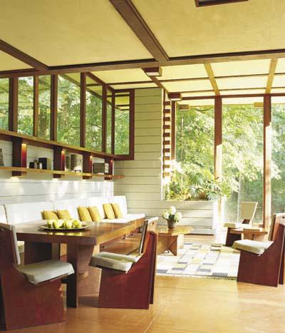 Frank Lloyd Wright sunroom