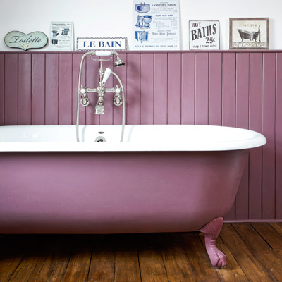 cottage style purple bathroom with claw-foot tub