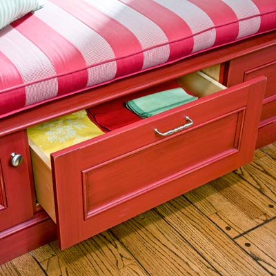 window seat with drawers for storage