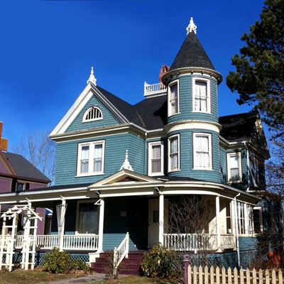 Annapolis Royal, Nova Scotia, Canada, this old house best neighborhood 2012, house with blue shingles