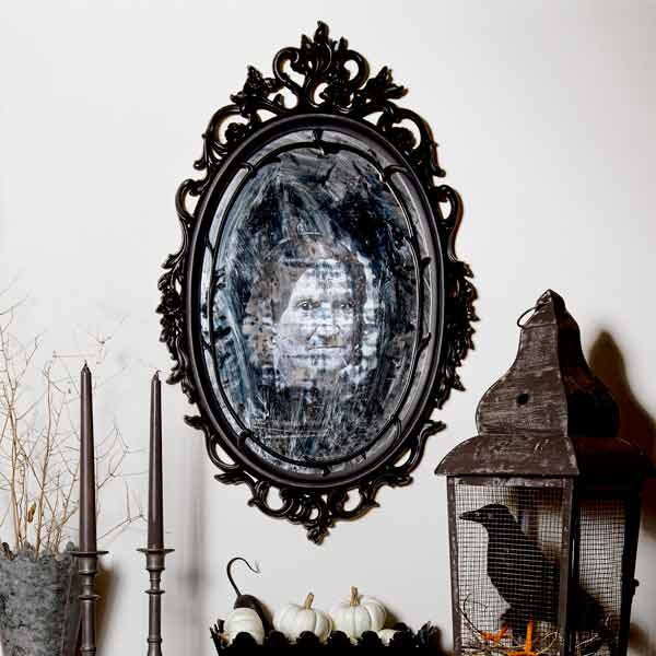 Halloween skill builder for how to make an eerie haunted-looking mirror