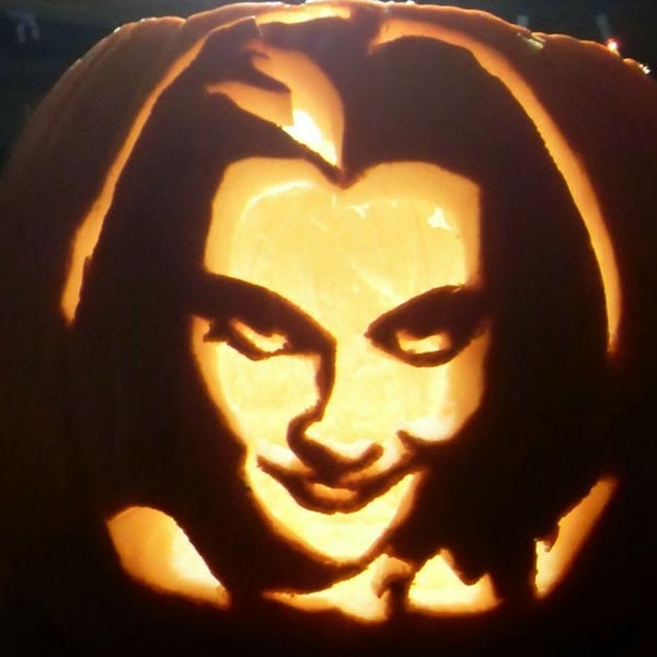pumpkin carving contest lily munster