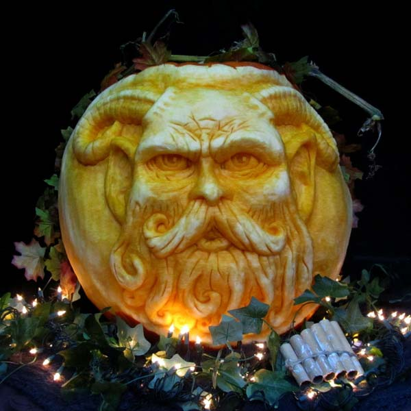 pan from the 2012 this old house Pumpkin-Carving Contest Winners gallery