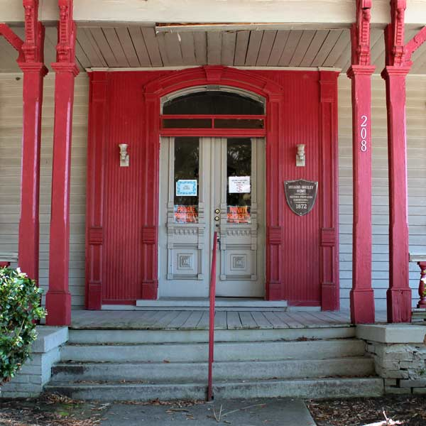 save this old house italianate cottage wilson north carolina, beadboard detail around front door