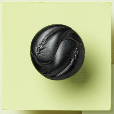 zinc cabinet knob with an embossed leaf design