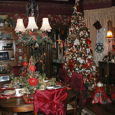 Santa-themed dining room