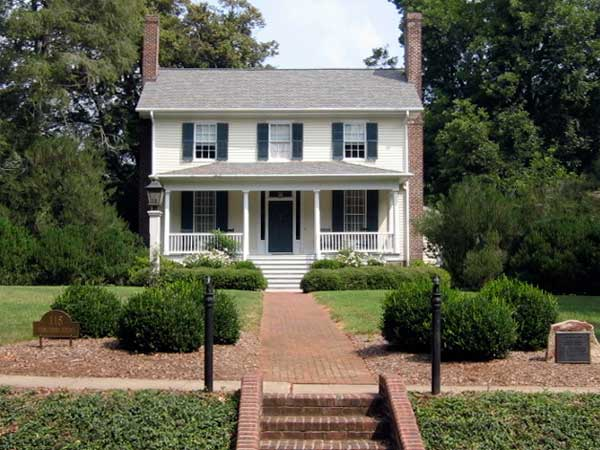Hillsborough north carolina best old house for Hillsborough house