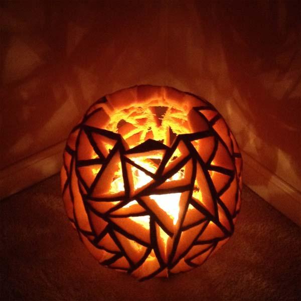 Triangles, editors' picks best pumpkin carvings ever