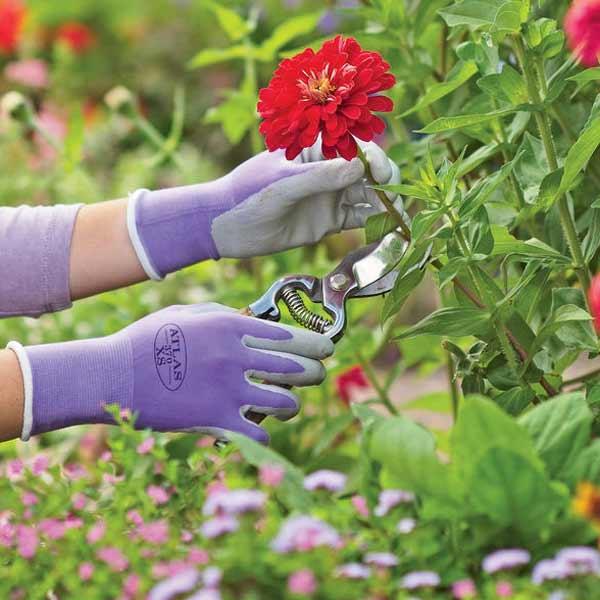 gardening gloves, hand tool stocking stuffers
