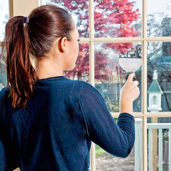 10 uses for weatherstripping rubber tube insulation on paint scraper for instant squeegee