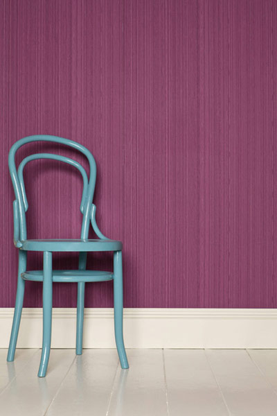 purple Farrow-Ball wallpaper Drag DR 1292 on walls, Pantone color of the year 2014 radiant orchid