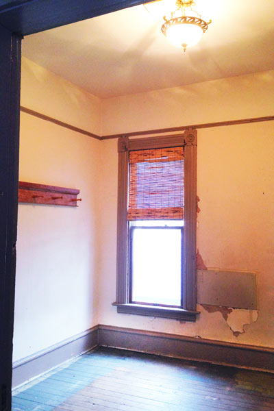 folk victorian cottage small bedroom nursery, portland oregon, save this old house