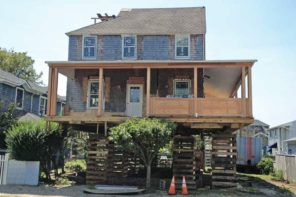 TOH TV Jersey Shore Rebuilds Laird house rebuilt with temporary cribbing to raise it from ground