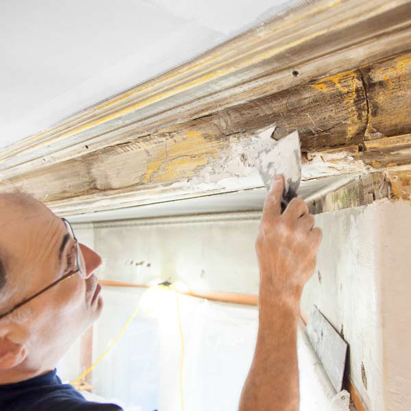 plaster crown molding to be repaired in Arlington Italianate TOH TV project house