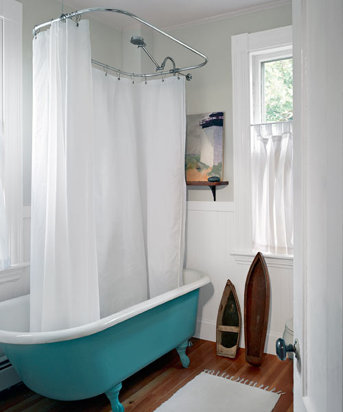 Recrafting A 1915 Craftsman: Updated Bath With Character