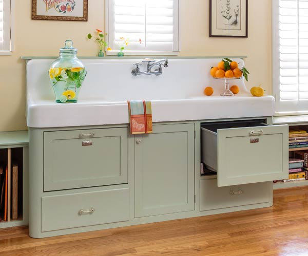 Inspiring Vintage Apron Sink Retro Kitchen Redo This