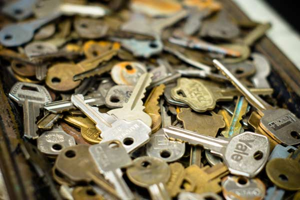 10 donate them to charity 10 uses for keys this old house for Classic house keys