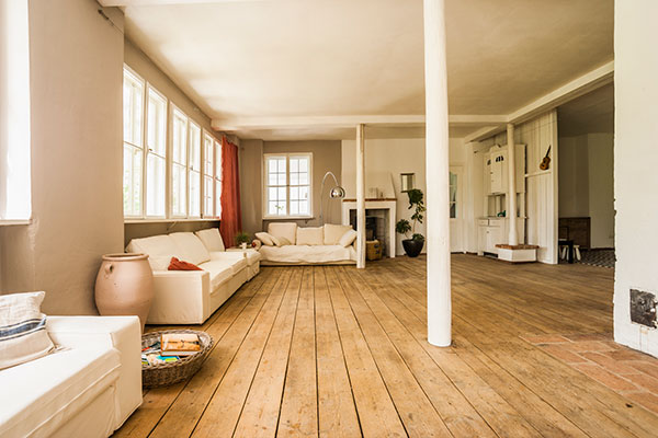 Wood floors 9 things your home 39 s low humidity is ruining for Hardwood floors low humidity