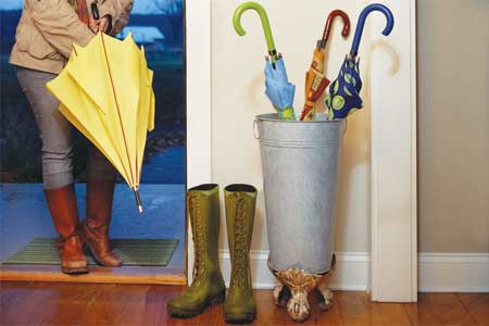 build a tub-foot umbrella stand