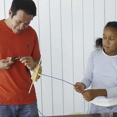Wire the base build bird feeder