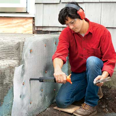 install the lath to clad concrete steps in stone