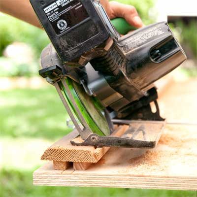 Bevel the Brace to Make the Gate's Trim  to build a garden gate