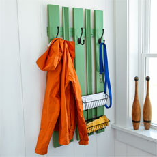 How to Build a Wall-Mounted Coatrack