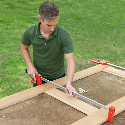 clamping rails and stiles for a picnic bench together