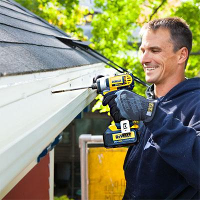 Mount the Gutter when installing fiberglass gutters