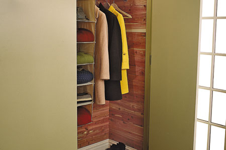 what kind of cedar is used for closets 2