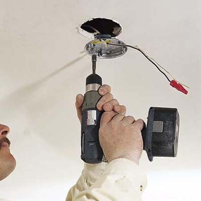 attaching a new electrical box when installing ceiling fan