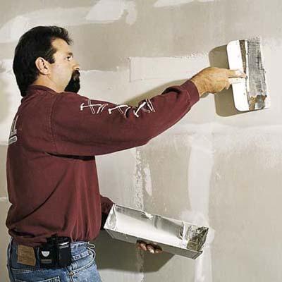 Sanding te first coat when installing Drywall