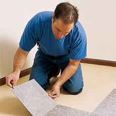 Laying a Vinyl Tile Floor tout