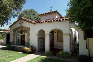 the Los Angeles TV project house before renovation begins