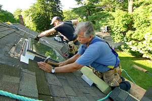 Tom Silva installs a new skylight