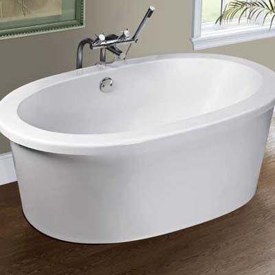 MTI whirlpool with speakers built into the wall of the tub