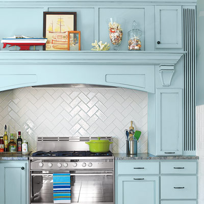 white subway tile kitchen backsplash with zig zag herringbone pattern
